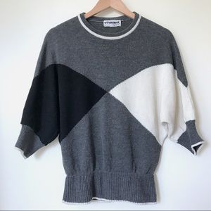 Cropped Sleeved Graphic Sweater